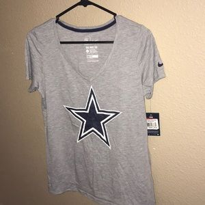 Nike women's Dallas Cowboys top